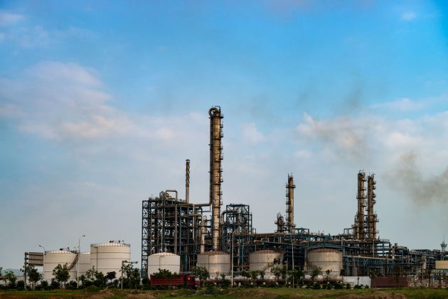 chemical-plant-PQGG6PL-630x421